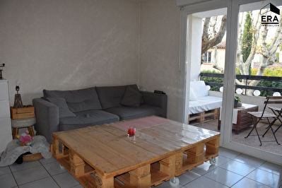 A VENDRE ROUSSET 13790 APPARTEMENT T2 DE 38 M² AVEC TERRASSE ET PARKING PRIVATIF