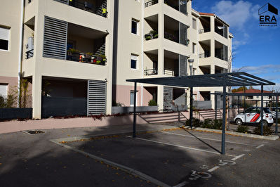 A VENDRE GARDANNE 13120 APPARTEMENT TYPE 3 DE 57 M² AVEC TERRASSE GARAGE ET PLACE PRIVATIVE